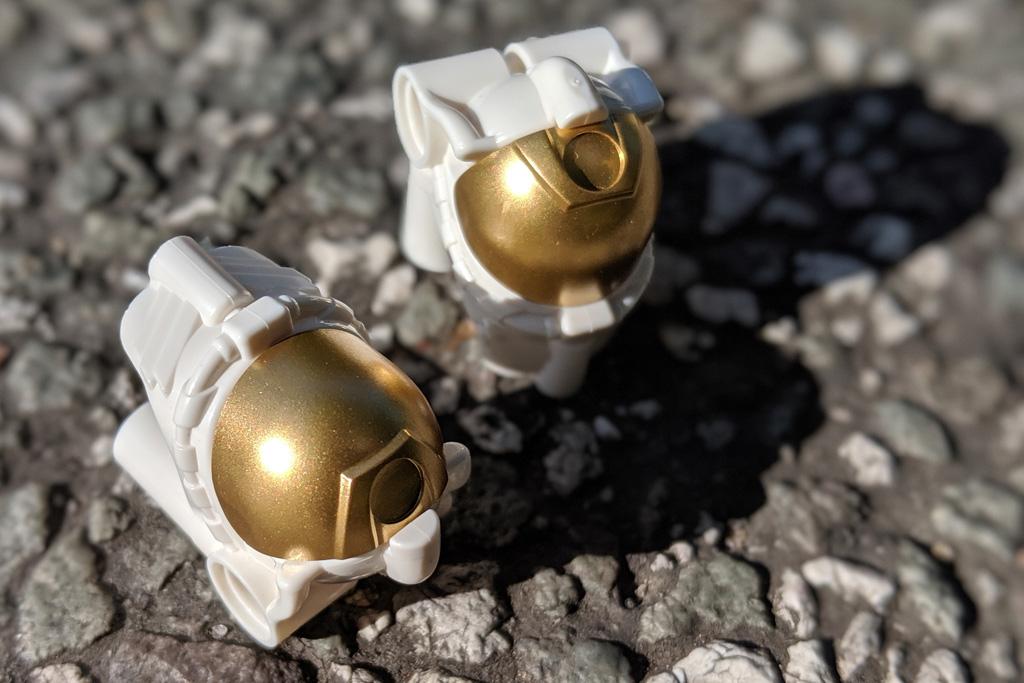 lego-creator-expert-nasa-apollo-11-lunar-lander-10266-mondlandefaehre-2019--helme-zusammengebaut-andres-lehmann zusammengebaut.com