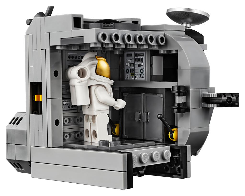 lego-creator-expert-nasa-apollo-11-lunar-lander-10266-mondlandefaehre-2019-innen zusammengebaut.com
