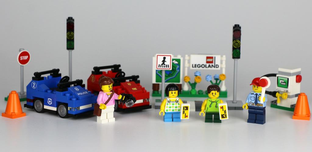 lego-legoland-fahrschule-40347-inhalt-2019-zusammengebaut-andres-lehmann zusammengebaut.com