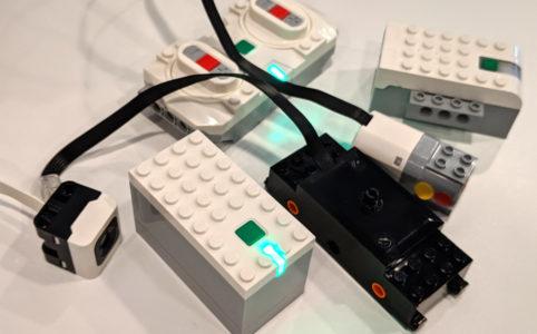 lego-powered-up-motoren-sensor-controller-2019-zusammengebaut-andres-lehmann zusammengebaut.com