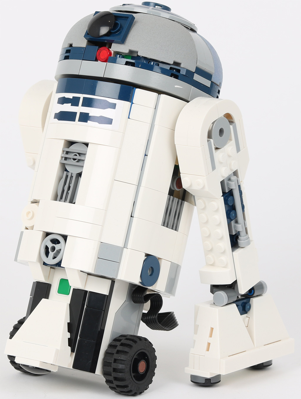 lego-star-wars-boost-droid-r2-d2-variation-commander-set zusammengebaut.com