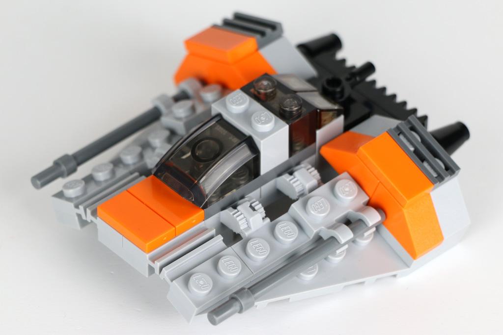 lego-star-wars-snowspeeder-30384-polybag-seiteansicht-2019-zusammengebaut-andres-lehmann zusammengebaut.com