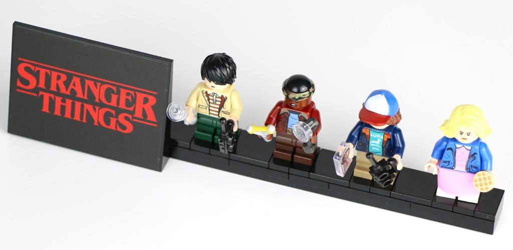 lego-stranger-things-the-upside-down-75810-aufsteller-2019-zusammengebaut-andres-lehmann zusammengebaut.com