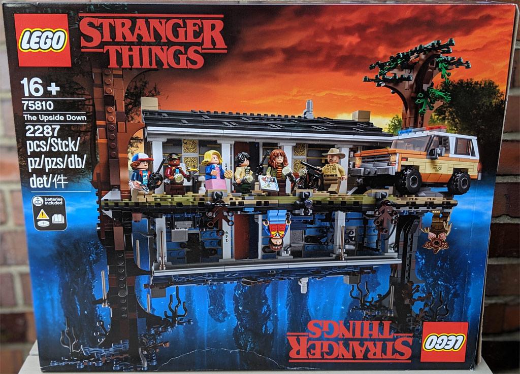 lego-stranger-things-the-upside-down-75810-box-front-2019-zusammengebaut-andres-lehmann zusammengebaut.com