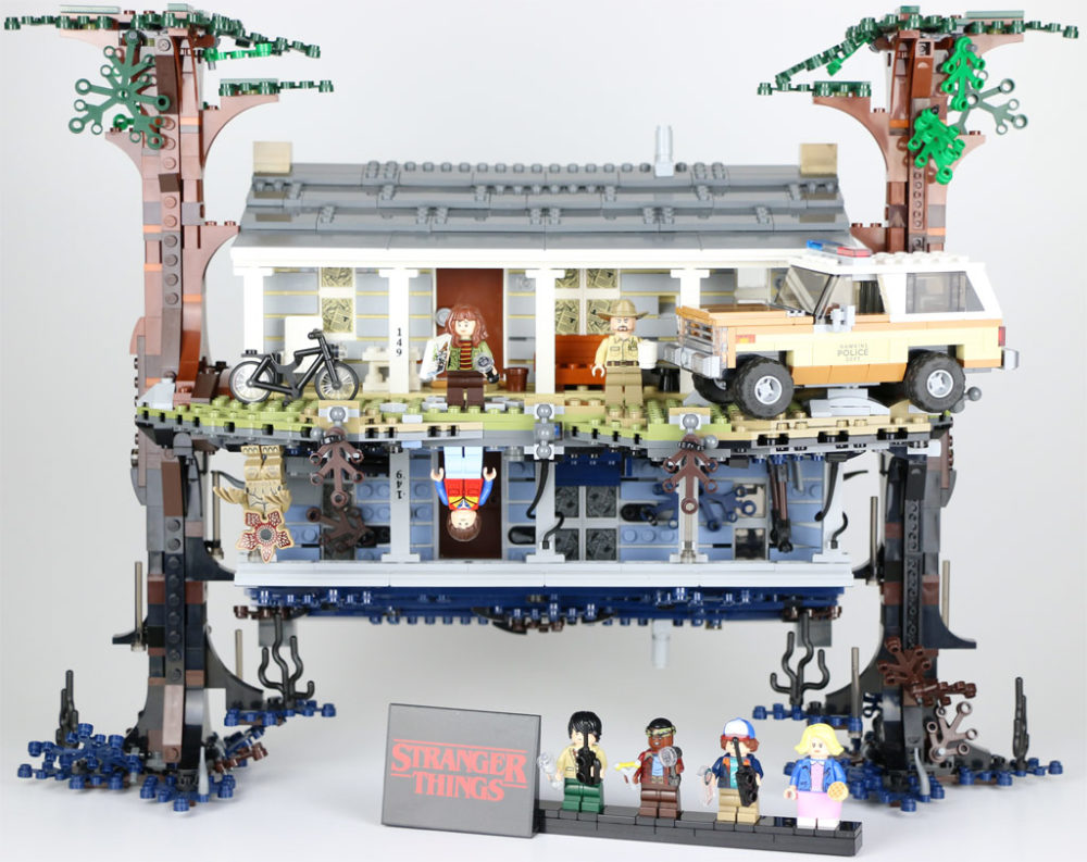 lego-stranger-things-the-upside-down-75810-front-2019-zusammengebaut-andres-lehmann zusammengebaut.com