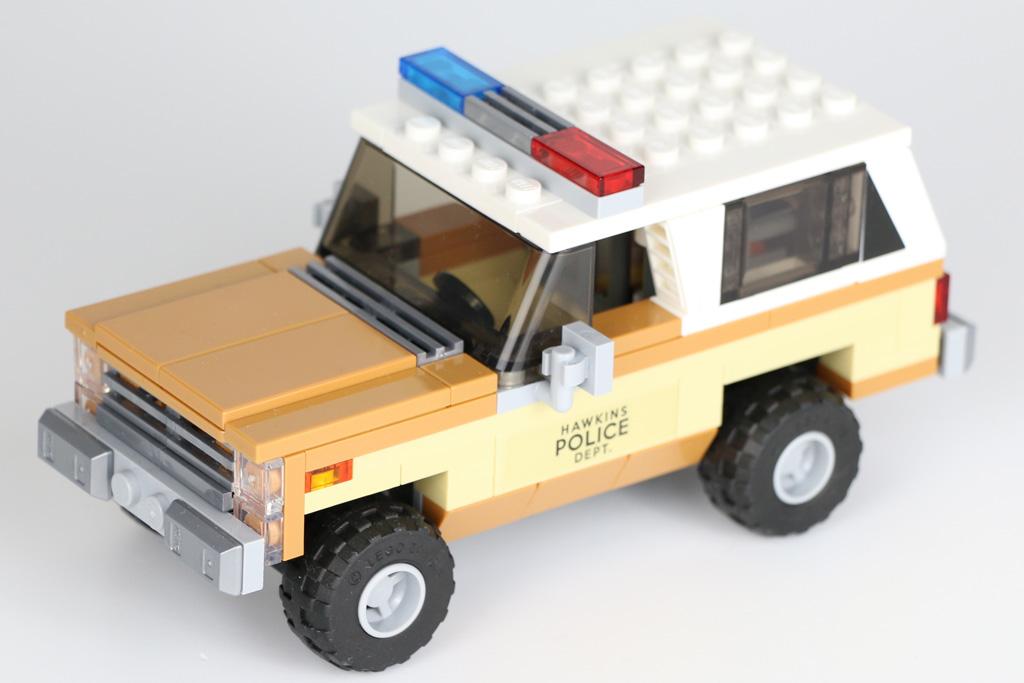 lego-stranger-things-the-upside-down-75810-haus-auto-2019-zusammengebaut-andres-lehmann zusammengebaut.com