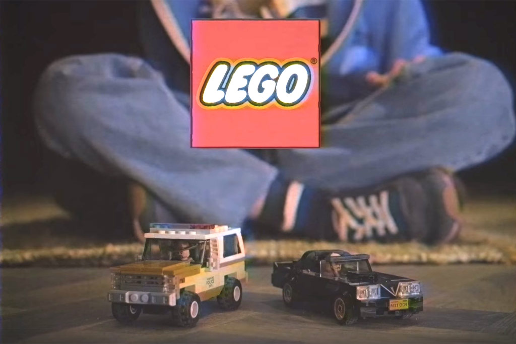 lego-stranger-things-the-upside-down-75810-teaser-screenshot-facebook zusammengebaut.com