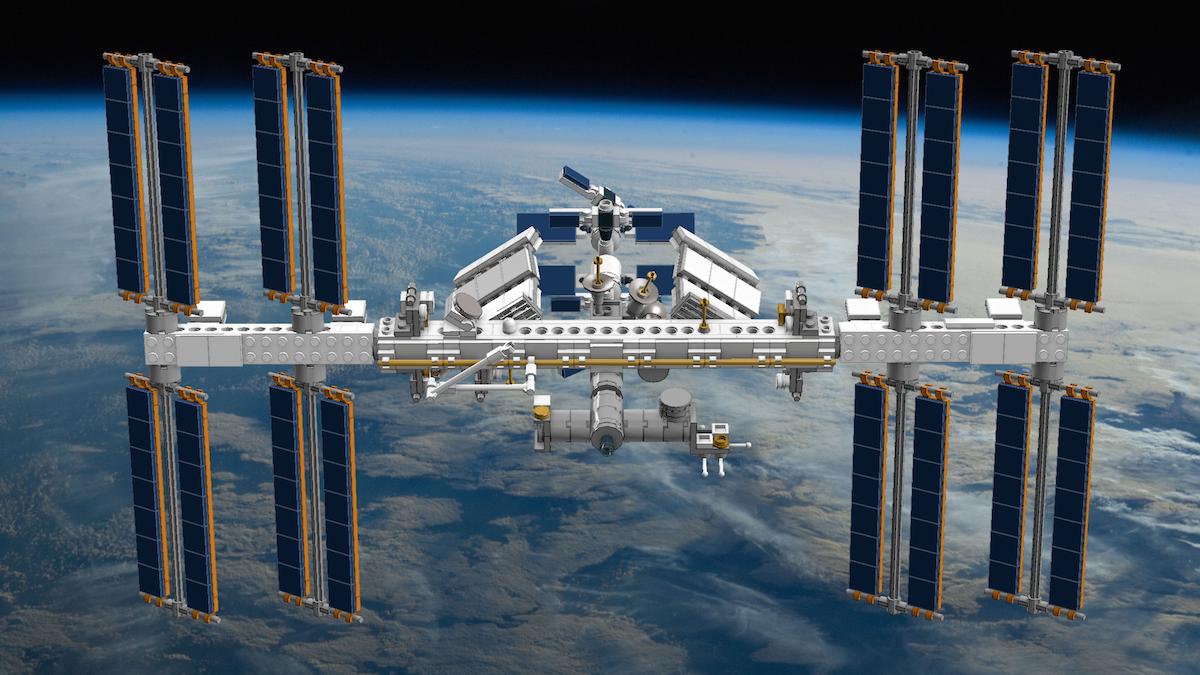 lego-ideas-iss-front