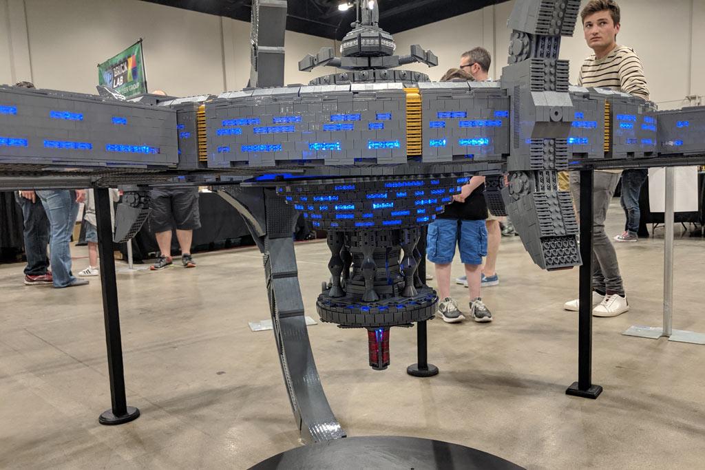lego-star-trek-deep-sapce-9-adrian-drake-beleuchtung-2019-zusammengebaut-john-hanlon zusammengebaut.com
