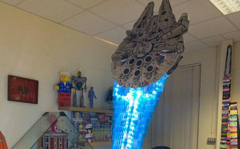 lego-star-wars-ucs-millennium-falcon-75192-mod-hyperdrive-jason-v-joiner zusammengebaut.com