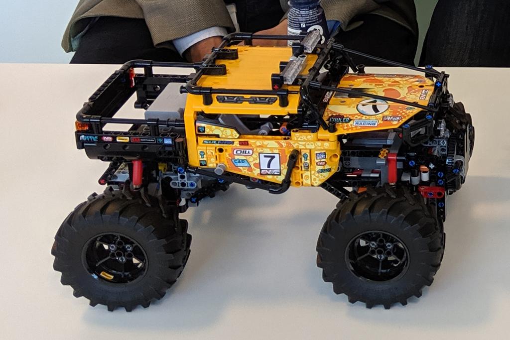 lego-technic-4×4-X-treme-off-roader-42099-seite-2019-zusammengebaut-andres-lehmann zusammengebaut.com