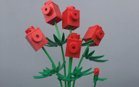 rote-lego-blume-jarekwally-flickr zusammengebaut.com