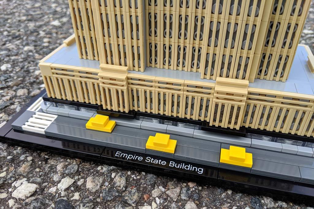 lego-architecture-empire-state-building-21046-taxi-2019-zusammengebaut-andres-lehmann zusammengebaut.com