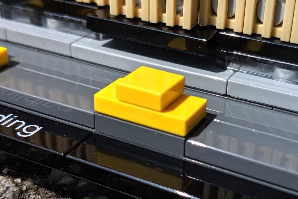 lego-architecture-empire-state-building-21046-taxi-nah-2019-zusammengebaut-andres-lehmann zusammengebaut.com