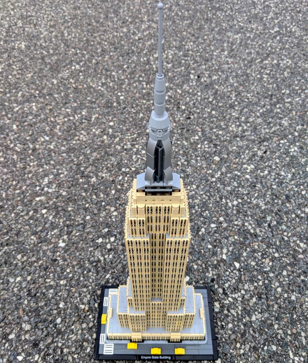 lego-architecture-empire-state-building-21046-ueberflug-2019-zusammengebaut-andres-lehmann zusammengebaut.com