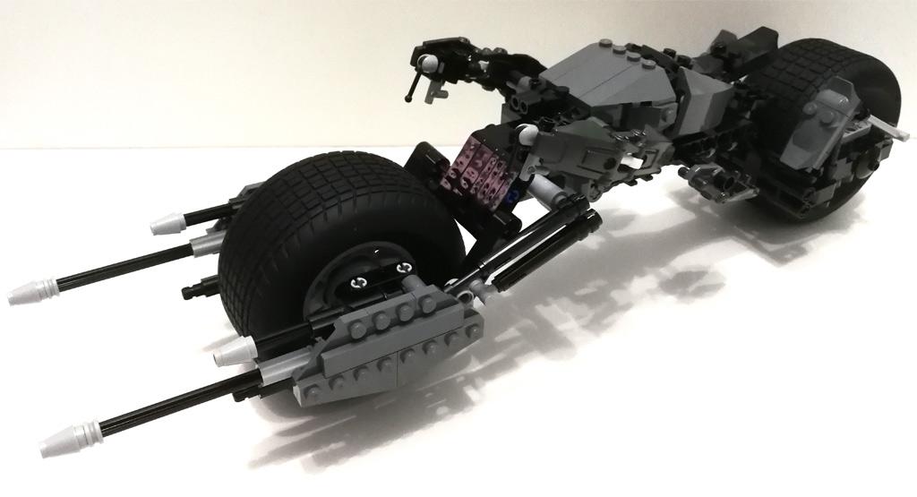 lego-dc-comics-super-heroes-bat-pod-5004590-14 zusammengebaut.com