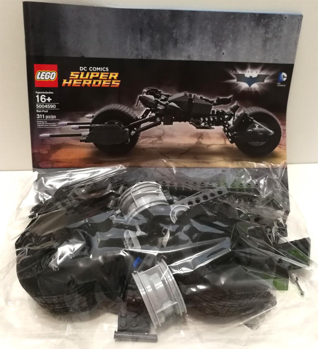 lego-dc-comics-super-heroes-bat-pod-5004590-4 zusammengebaut.com