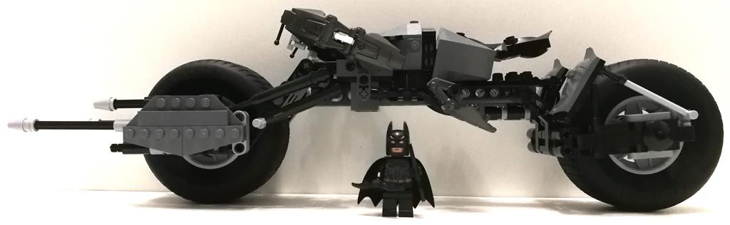 lego-dc-comics-super-heroes-bat-pod-5004590-tumbler-76023-3 zusammengebaut.com