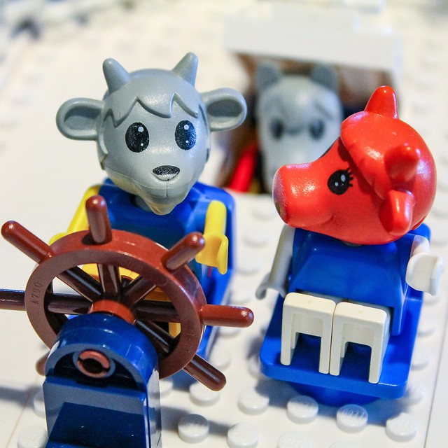 lego-fabuland-moc-billy-goats-steamboat-figuren-pete-strege zusammengebaut.com