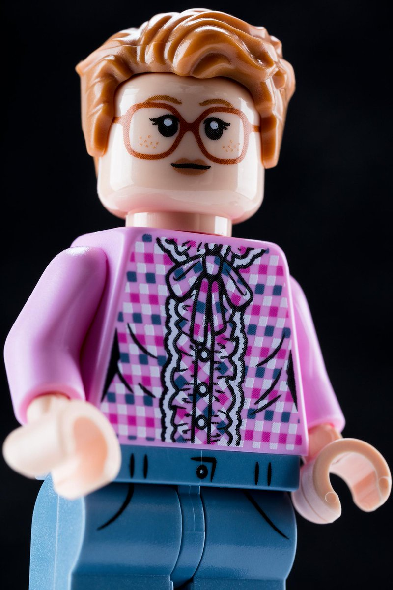 lego-stranger-things-barb-exclusive-minifigur-2019-box-nah zusammengebaut.com