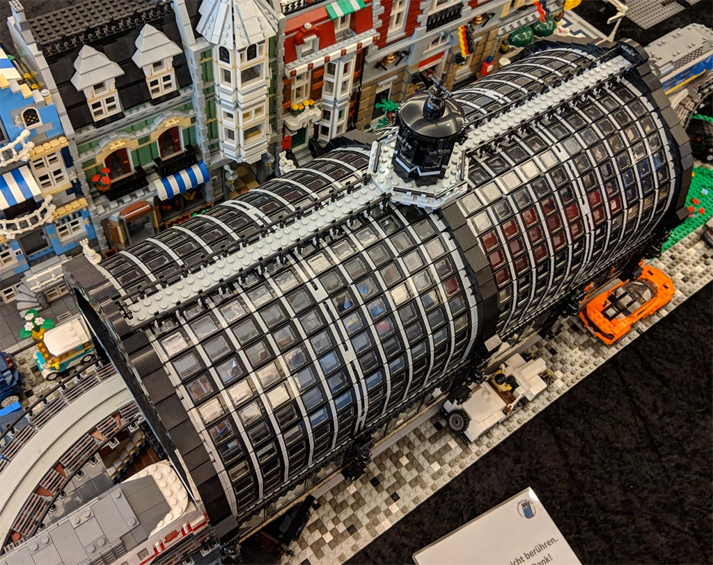 lego-u-bahnhof-baumwall-u3-haltestelle-monorail-modell-draufsicht-2019-zusammengebaut-andres-lehmann zusammengebaut.com