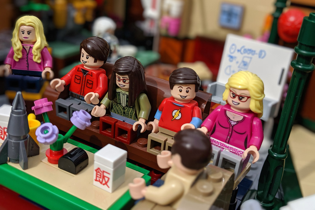 lego-ideas-friends-central-perk-21319-the-big-bang-theory-21302-treffen-3-2019-zusammengebaut-andres-lehmann zusammengebaut.com