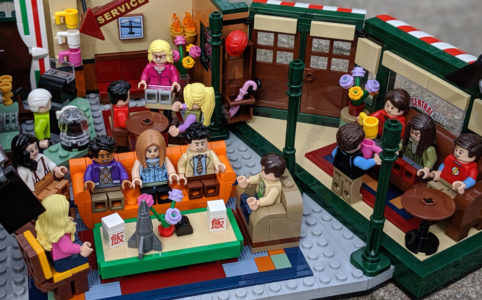 lego-ideas-friends-central-perk-21319-the-big-bang-theory-21302-treffen-5-2019-zusammengebaut-andres-lehmann zusammengebaut.com