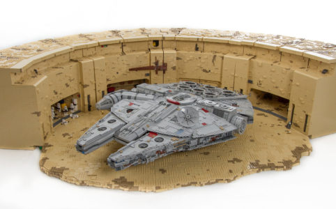 lego-layout-tatooine-docking-bay-b94-ucs-millennium-falcon-daniel-ross-flickr zusammengebaut.com