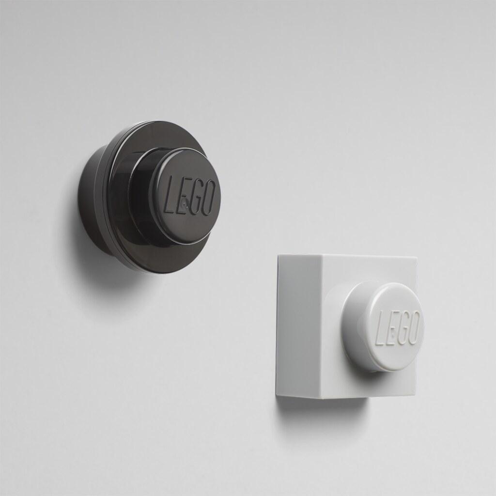lego-magnet-set-4010-verpackung-schwarz-grau-2019 zusammengebaut.com