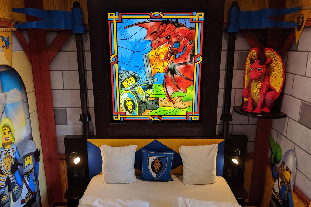 legoland-castle-hotel-billund-lego-knights-castle-room-tour-2019-zusammengebaut-andres-lehmann zusammengebaut.com