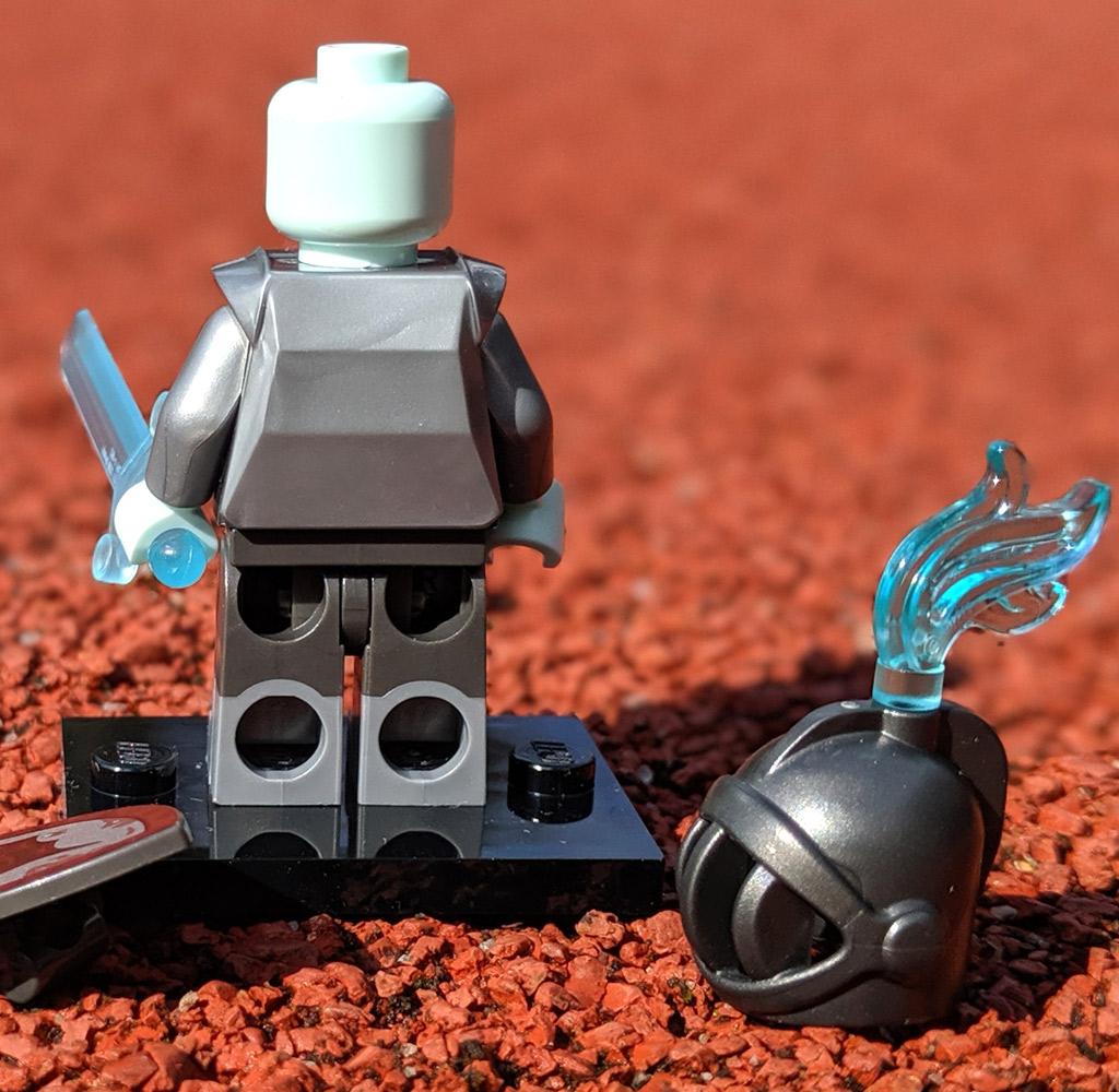 lego-1025-minifiguren-serie-19-ritter-back-2019-zusammengebaut-andres-lehmann zusammengebaut.com