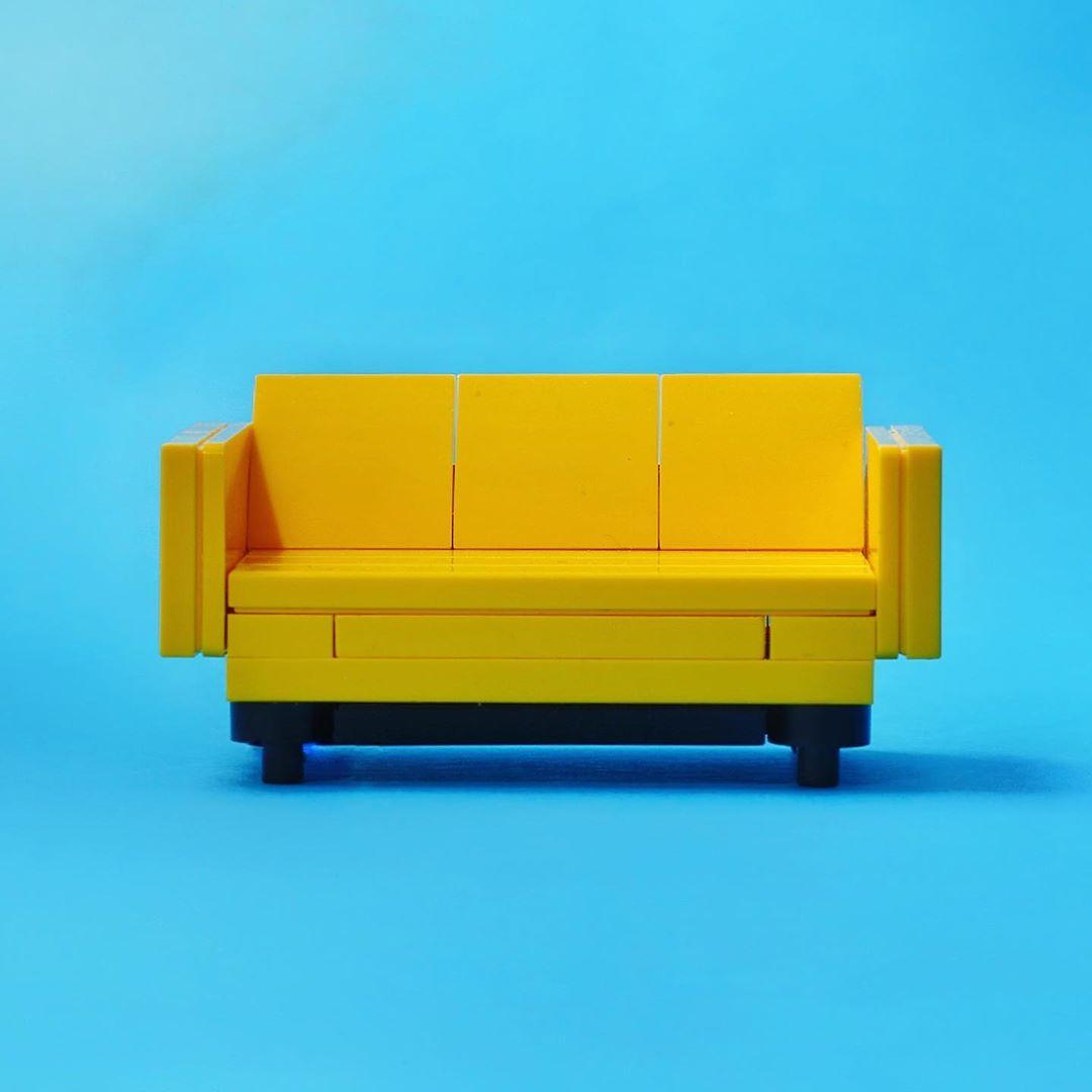 lego-couch-front-moc-jannis-mavrostomos zusammengebaut.com