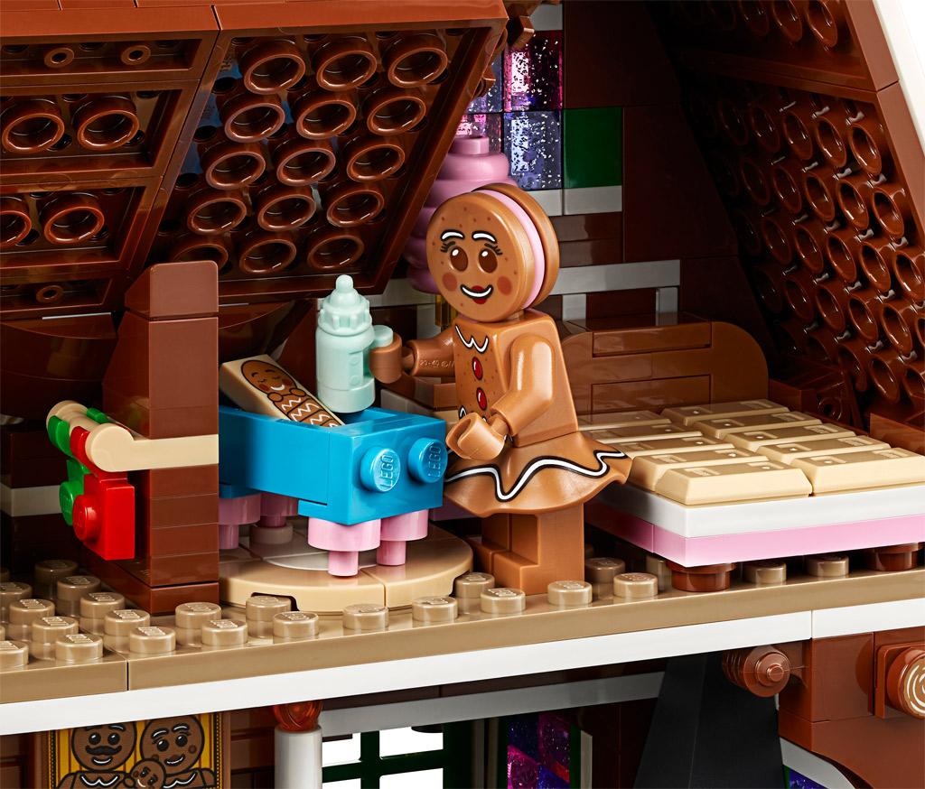 lego-creator-expert-10267-lebkuchenhaus-gingerbread-house-2019-flaeschchen zusammengebaut.com