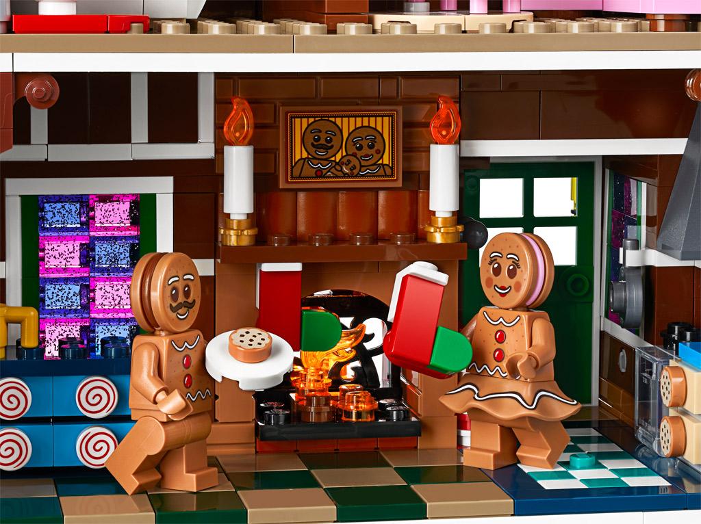 lego-creator-expert-10267-lebkuchenhaus-gingerbread-house-2019-keks zusammengebaut.com