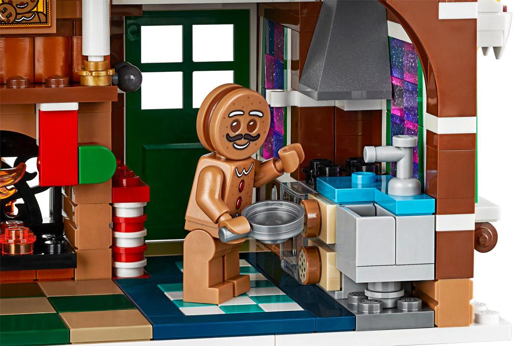 lego-creator-expert-10267-lebkuchenhaus-gingerbread-house-2019-kueche zusammengebaut.com