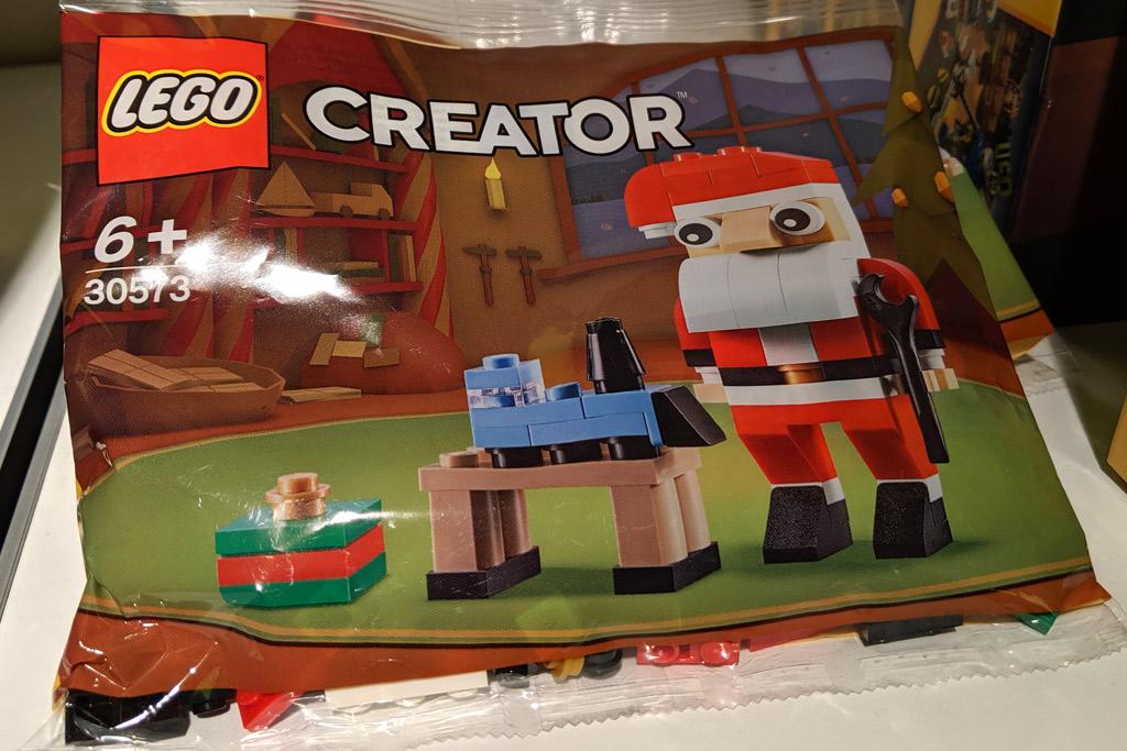 lego-creator-30573-weihnachtsmann-polybag-2019-zusammengebaut-andres-lehmann zusammengebaut.com