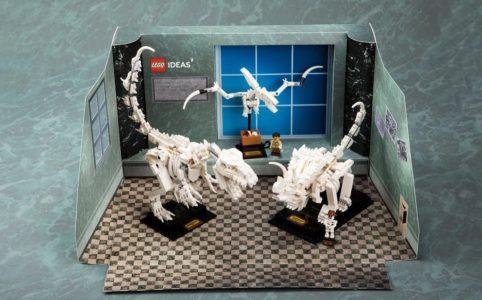 lego-ideas-21320-dinosaur-fossils-papp-aufsteller zusammengebaut.com