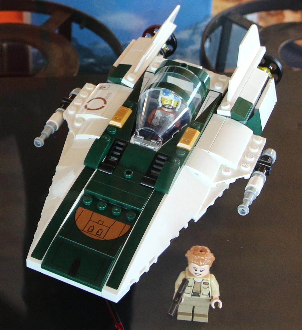 lego-star-wars-75248-widerstands-a-wing-starfighter-jungfraujoch-2019-zusammengebaut-andres-lehmann zusammengebaut.com