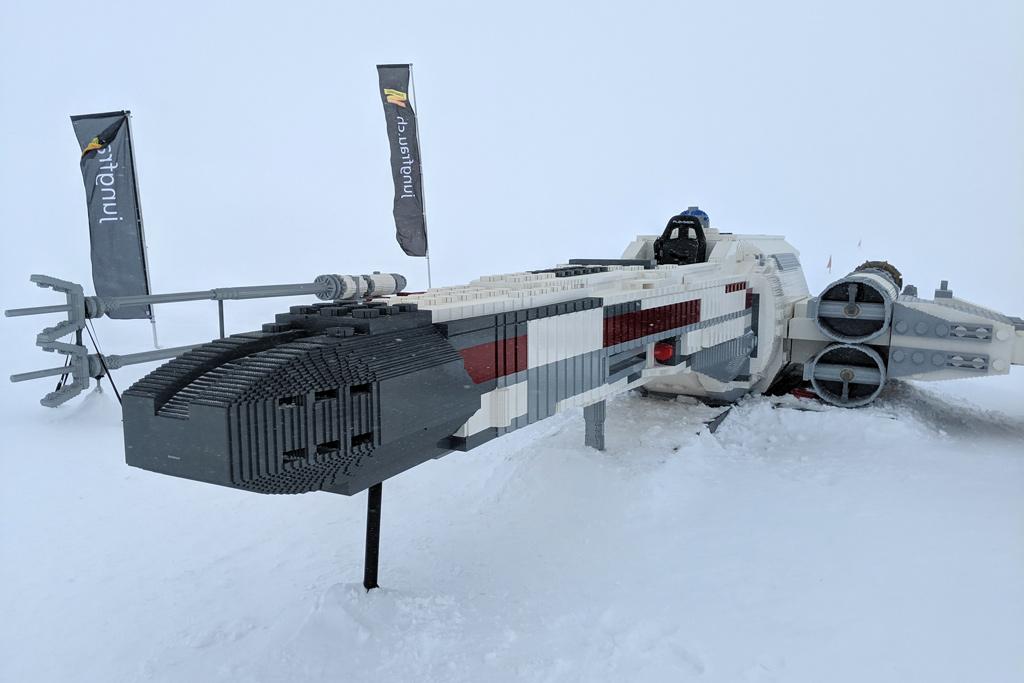 lego-star-wars-x-wing-nachbau-front-jungfraujoch-2019-zusammengebaut-andres-lehmann zusammengebaut.com