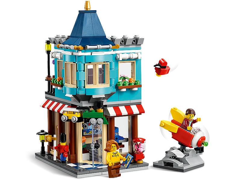 31105-lego-creator-townhouse-toy-store-stadthaus-spielzeugladen-2020-inhalt-2 zusammengebaut.com