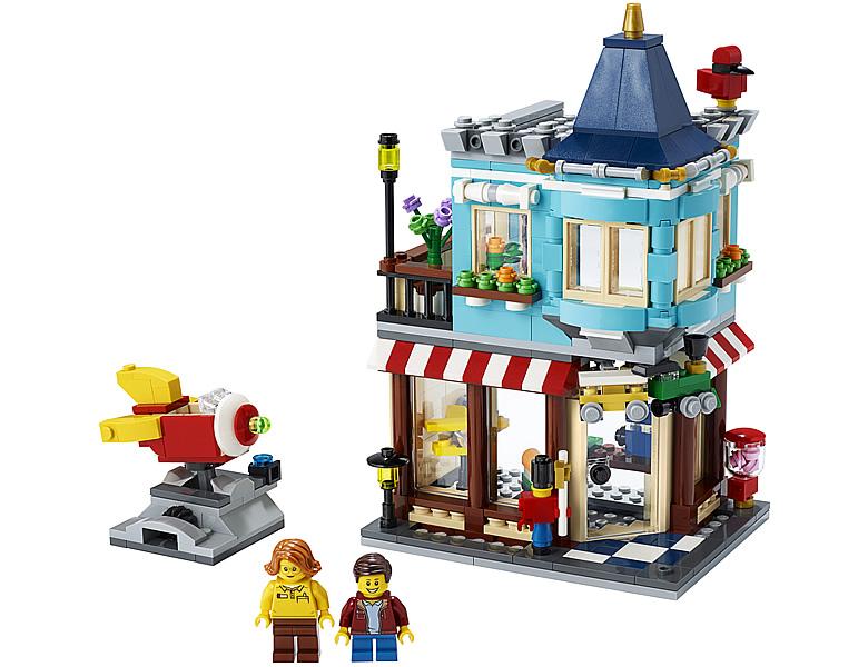 31105-lego-creator-townhouse-toy-store-stadthaus-spielzeugladen-2020-inhalt zusammengebaut.com