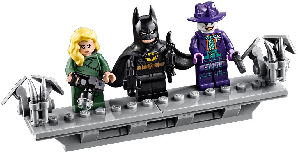 lego-batman-76139-1989-batmobile-2019-minifiguren zusammengebaut