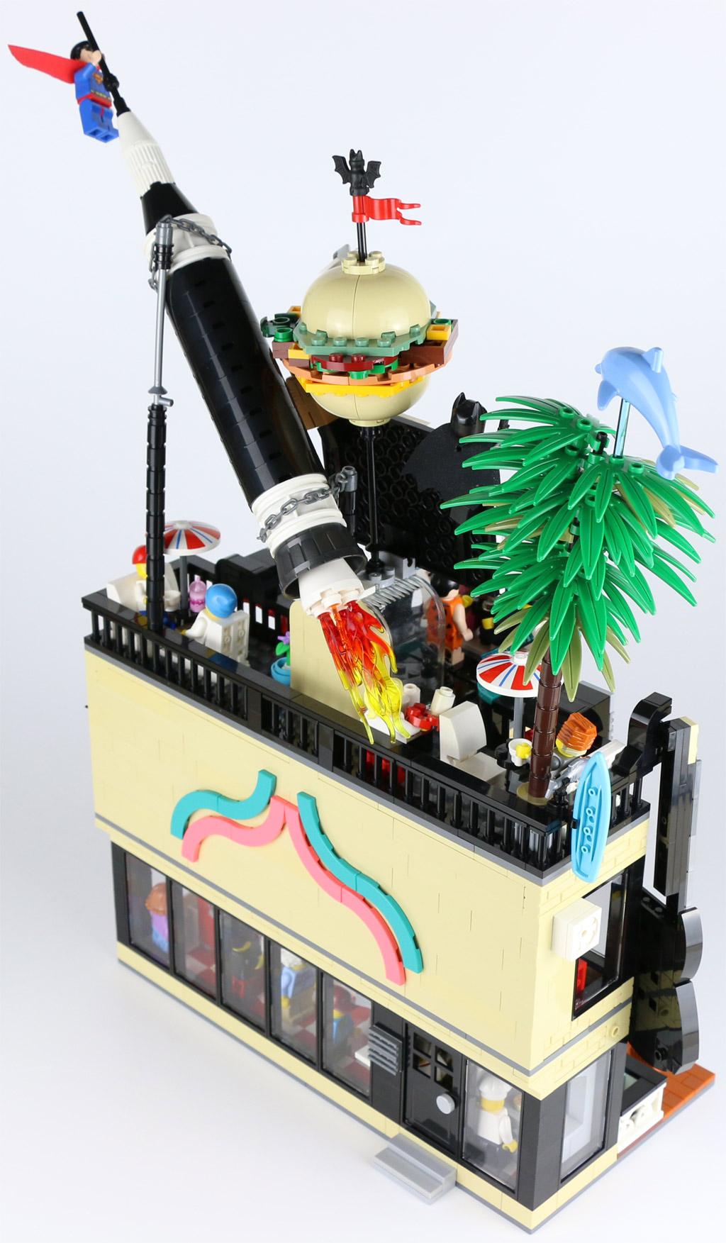 lego-moc-best-burger-restaurant-new-ukonio-city-5-2019-zusammengebaut-andres-lehmann zusammengebaut.com