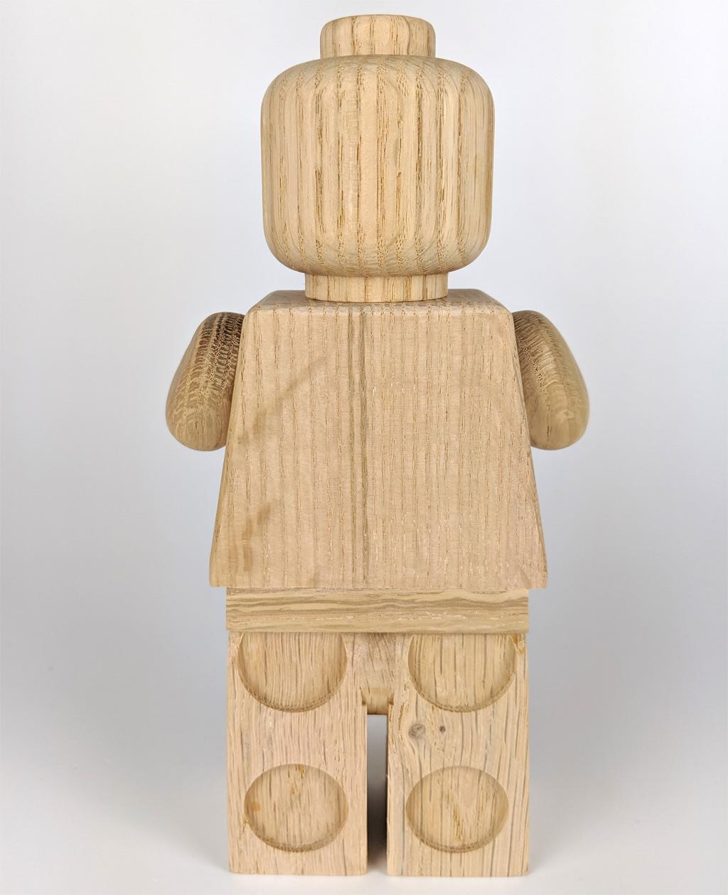 lego-originals-853967-holz-minifigur-rueckseite-2019-zusammengebaut-andres-lehmann zusammengebaut.com