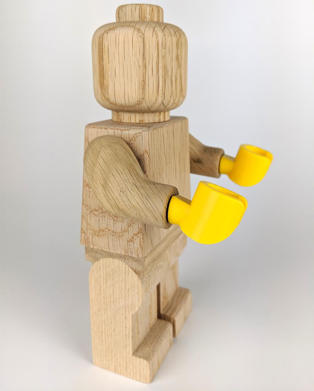 lego-originals-853967-holz-minifigur-seite-2019-zusammengebaut-andres-lehmann zusammengebaut.com