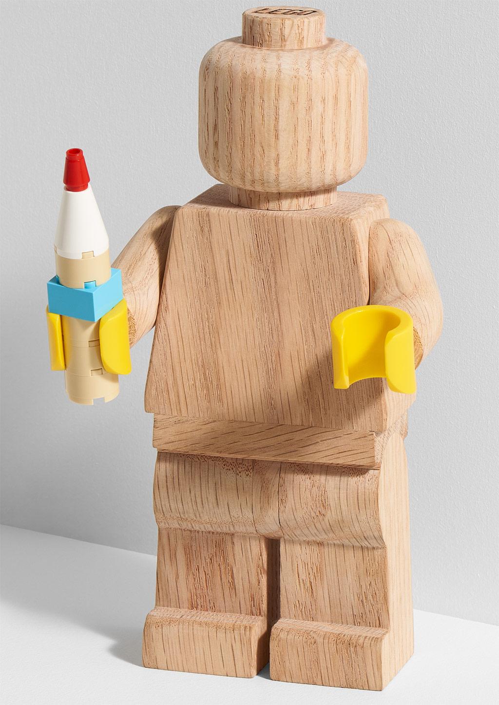 lego-originals-upscaled-wooden-minifigure-853967-2019-bleistifthalter zusammengebaut.com