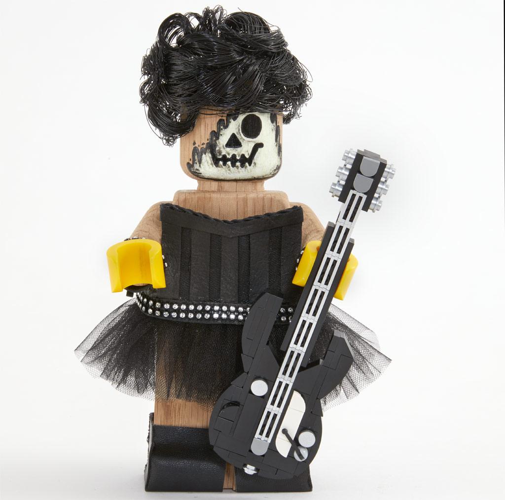 lego-originals-upscaled-wooden-minifigure-853967-2019-rock zusammengebaut.com