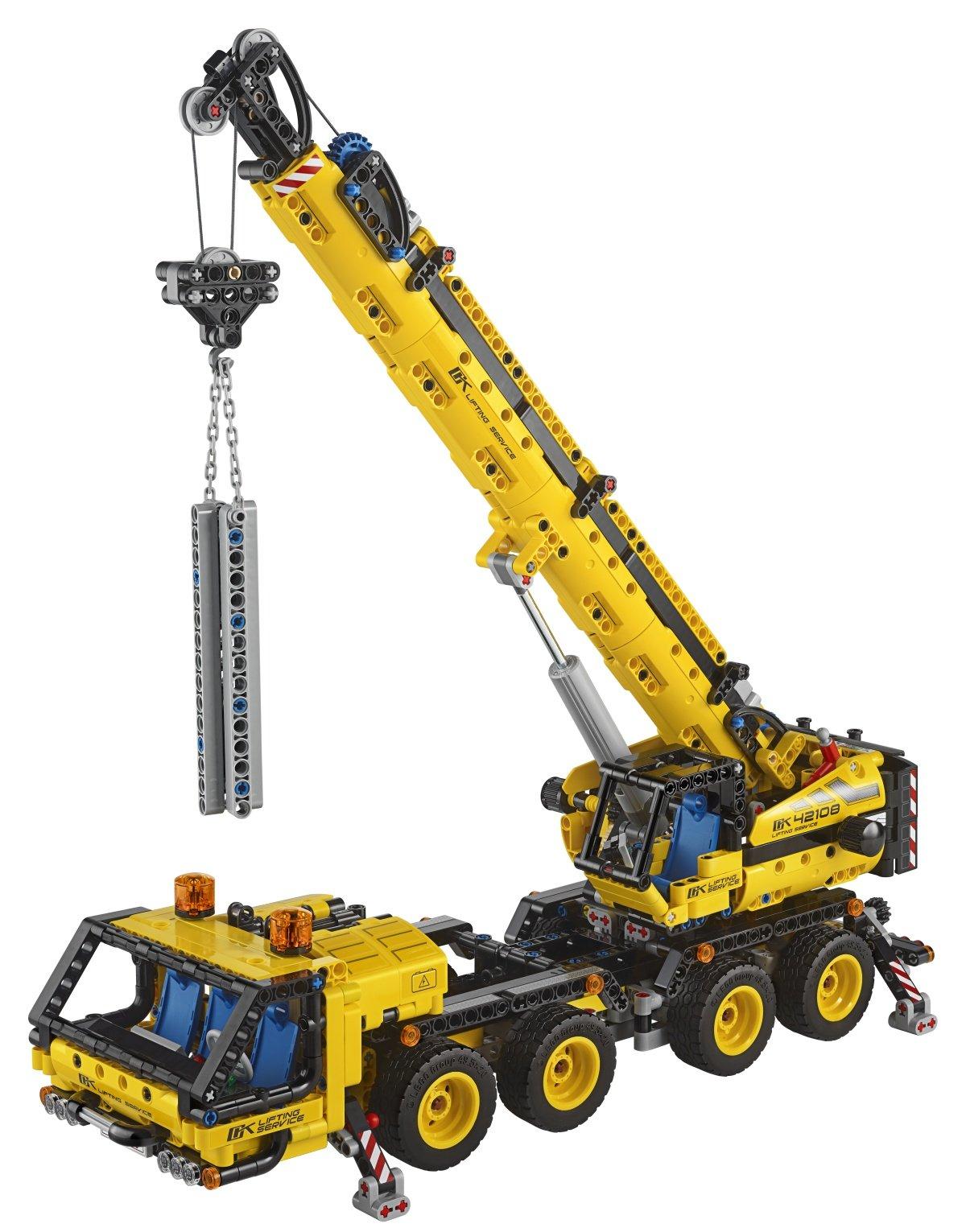 lego-technic-42108-kran-lkw-2020-inhalt zusammengebaut.com