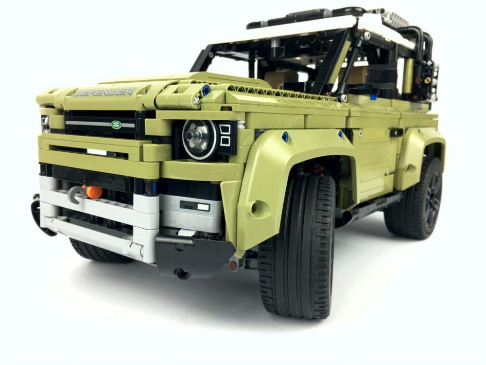 lego-technic-42110-land-rover-defender-2019-zusammengebaut-andre-micko zusammengebaut.com