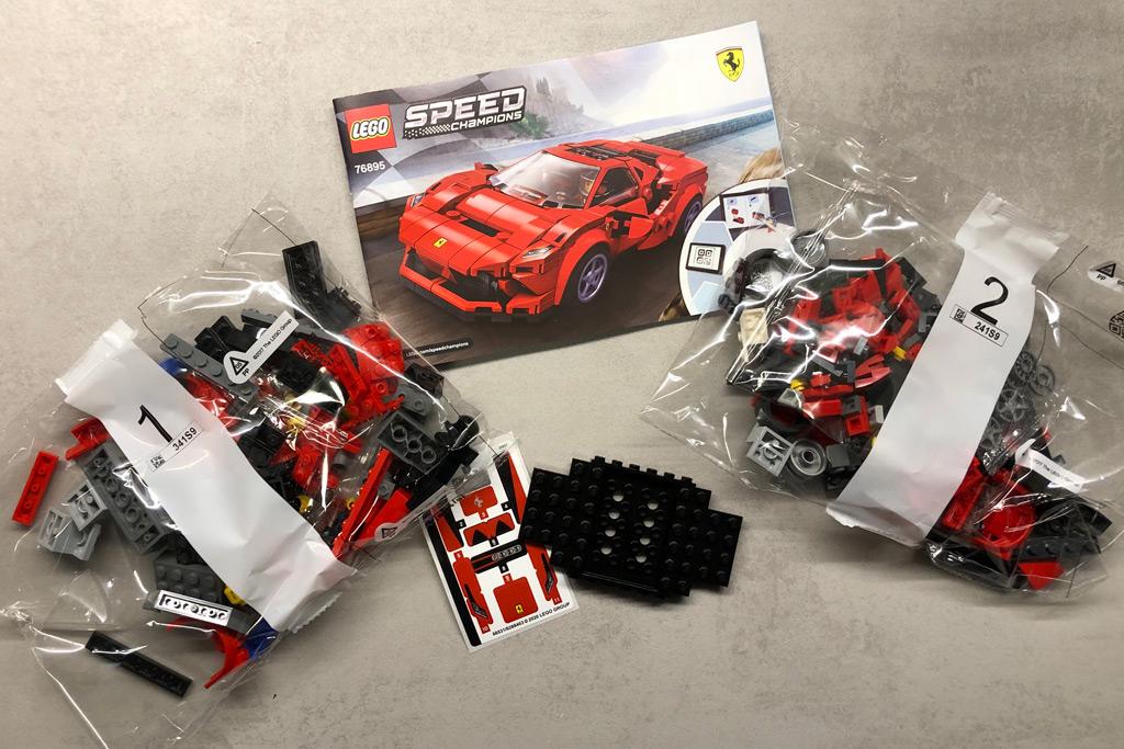 lego-speed-champions-76895-ferrari-f8-tributo-inhalt-2020-zusammengebaut-michael-kopp zusammengebaut.com